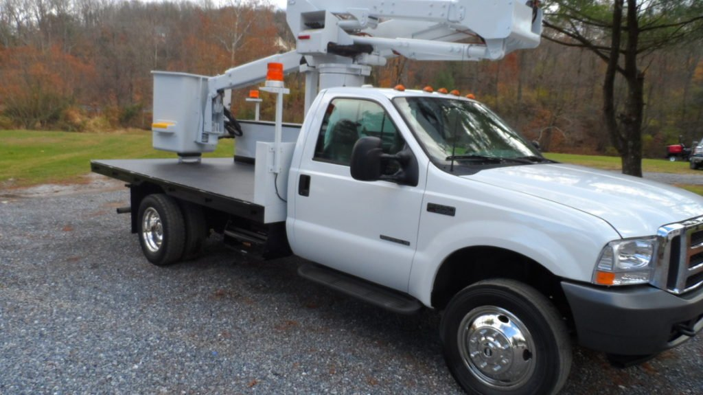 Choosing the Right Bucket Truck | Utility Auto Sales in